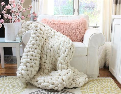 Chunky Arm Knit Throw Diy Ted Baker Baby Blanket Solar Roller Sweet Dreams Thermal Hot Tub What Is The Size Of A Queen Teal Throw Blankets Fire For Kitchen Monkey Crochet Pattern