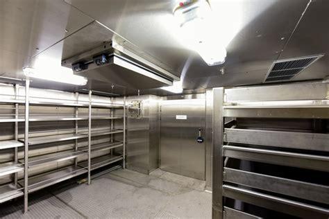 cold  freezer room glamox