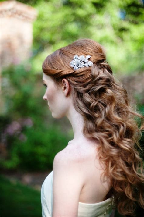 20 elegant half up half down curly hairstyles ideas