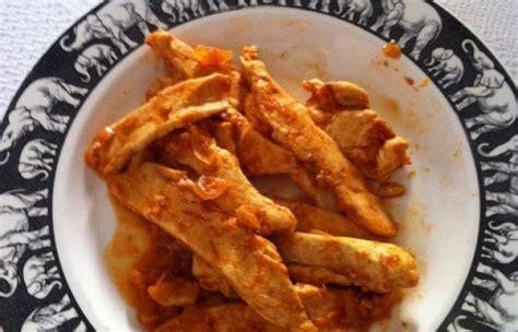 cuisiner aiguillette de poulet aiguillettes de poulet à la tomate recette dukan pp par utilisateur73277 recettes et forum