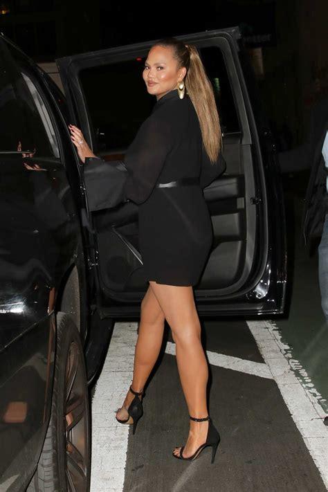 chrissy teigen   short black dress