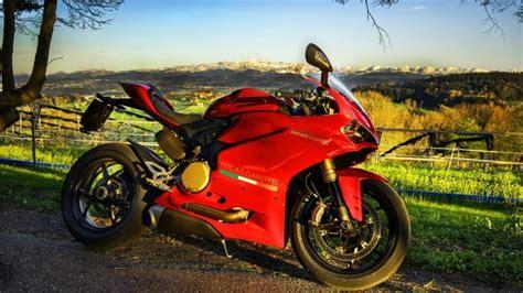 Stunning Red Ducati Hd Wallpaper