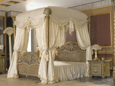 King Size Canopy Bed With Curtains by 187 King Size Style Bedroom Settop And Best Italian Classic