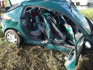 Peugeot Parthenay : faits divers perte de contr le exireuil le jeune automobiliste est d c d courrier de l 39 ouest ~ Gottalentnigeria.com Avis de Voitures