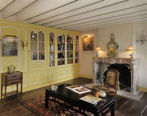 cuisine decoration boiseries anciennes restauration de portes