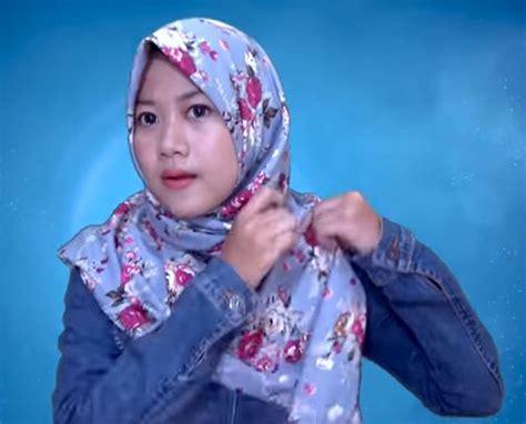 tutorial hijab segitiga corak ragam muslim