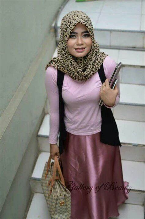 43 Best Hot Images On Pinterest Twitter Hijab Outfit