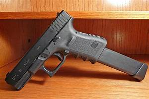Glock 17 vs 19 - Difference and Comparison | Diffen