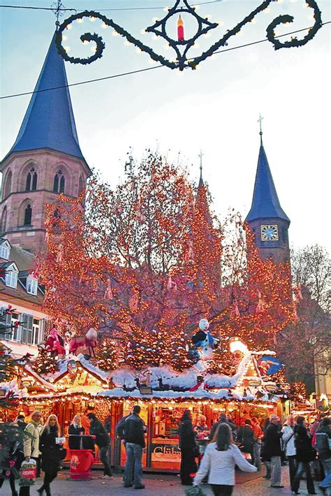 Hochschule kaiserslautern university of applied sciences schoenstraße 11 67659 kaiserslautern. Kaiserslautern Christmas market features vendors ...