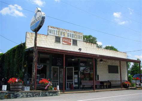 charming general stores  tennessee youre   love
