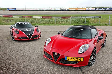 Wallpapers Alfa Romeo 2016 4c Spider Cpz Track Edition Red Two