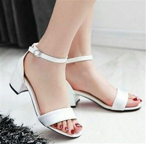 jual heels vintage simple uc06 putih sepatu branded sepatu