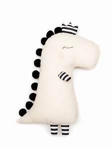 Die Dinos Baby Puppe : monochrome dino doll stoffpuppen handgefertigte ~ A.2002-acura-tl-radio.info Haus und Dekorationen