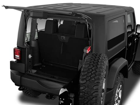 types of jeeps 2016 image 2016 jeep wrangler 4wd 2 door rubicon trunk size