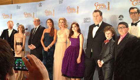 file modern family cast jpg