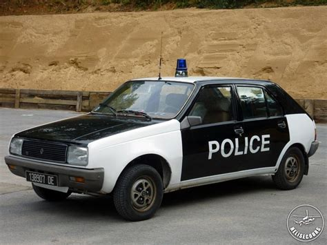 French Police Cars 01.jpg