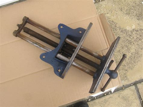 large carpenters woodworking vice  record number