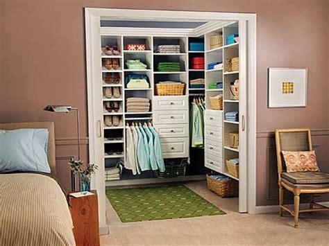 Super Small Walkin Closet Ideas & Tips Bedroom