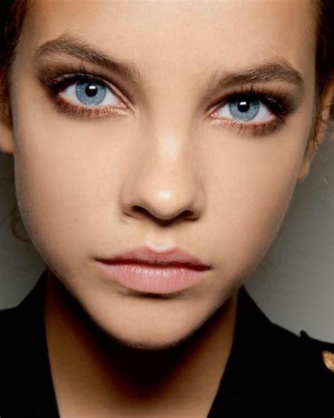 comment maquiller des yeux bleus comment maquiller les yeux bleus le maquillage des