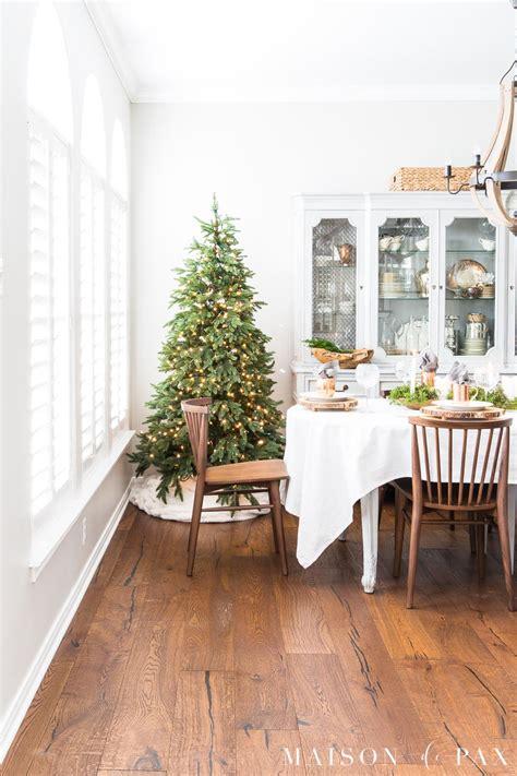 modern farmhouse christmas dining room maison de pax