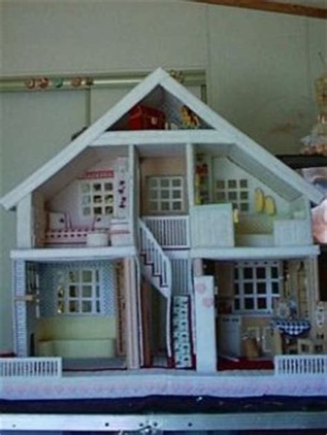 plastic canvas doll house    project   county