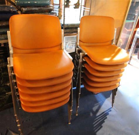 chaise castelli chaises dsc 106 de giancarlo piretti édition castelli