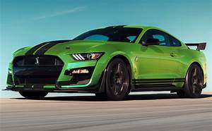 Grabber Lime 2020 Ford Mustang Shelby GT-500 Fastback - MustangAttitude.com Photo Detail