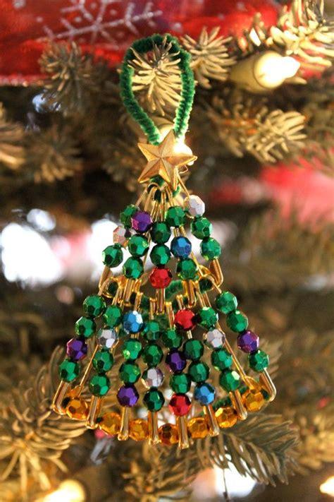 kits  beaded safety pin christmas tree beaded