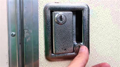 trailer rv door handle locksets  major security flaw   rig