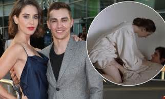 Dave Franco Wife Alison Brie Likes His Sex Scenes