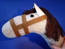 Aus Socken Basteln : steckenpferd aus socken machen craft ideas diy time stockpferd basteln steckpferd ~ Watch28wear.com Haus und Dekorationen