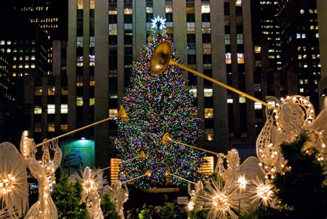 christmas in nyc a survival guide to the new york