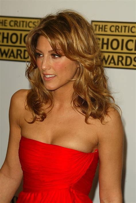 pictures  jennifer esposito picture  pictures