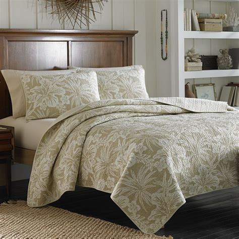 bahama quilts king size bahama hanalie hibiscus neutral quilt bedding