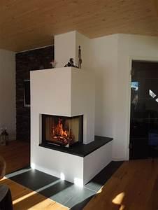 Grundofen Als Raumteiler : moderner 2 seitiger heizkamin schlicht wei gemauert mit natursteinbank fireplace heizkamin ~ Sanjose-hotels-ca.com Haus und Dekorationen