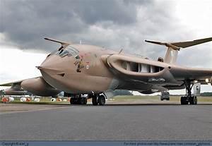 Photo 35706 - UK - Royal Air Force (RAF) Handley Page ...
