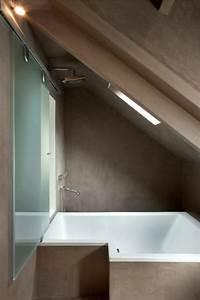 Badewanne Kleines Bad : badewanne unter dachschr ge 22 s e modelle ~ Buech-reservation.com Haus und Dekorationen