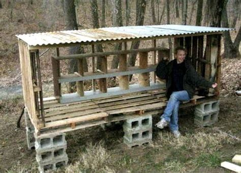 build  chicken coop  wood pallets plans
