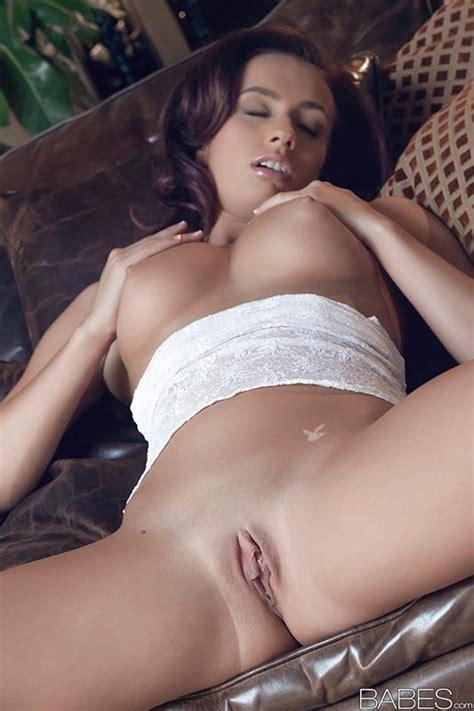 Victoria Lynn - Web Porn Blog. Free XXX videos, sex pictures and gifs.