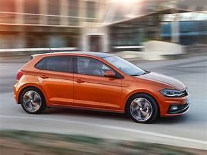 Polo Volkswagen 2018 : new 2018 volkswagen polo vs old model polo ~ Jslefanu.com Haus und Dekorationen