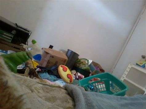 clean   messy room  pictures wikihow