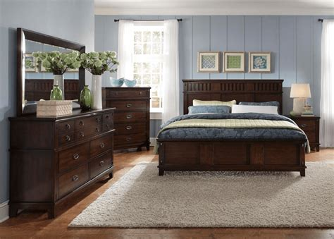 Bedroom Decor With Furniture by How To Decorate Bedroom Dresser Top That Amusing