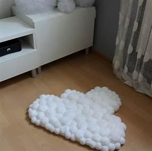 Teppich Für Mädchenzimmer : wundersch ne pom pom teppich in form einer wolke flauschige pompoms und zarte wei e farbe ~ Sanjose-hotels-ca.com Haus und Dekorationen