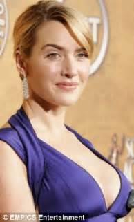 designer earrings supersize earrings are damaging women 39 s earlobes warn