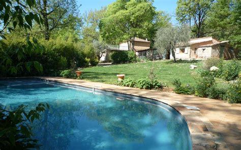 chambre d hote var piscine location chambre d 39 hôtes n g2425 à montauroux gîtes de
