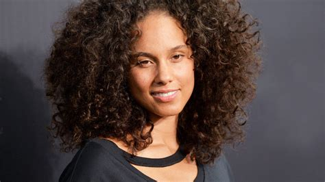 Curly hairstyles: the best curly hairstyles and how to get