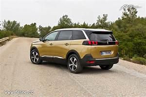 Essai 5008 : essai nouvelle peugeot 5008 ii la voiture de l 39 ann e version 7 places essais f line ~ Gottalentnigeria.com Avis de Voitures