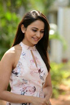 south indian actress wallpapers  hd rakul preet sing
