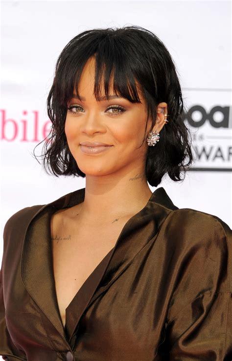 Rihanna Dedicates 30th Birthday To Her Mom And Shares