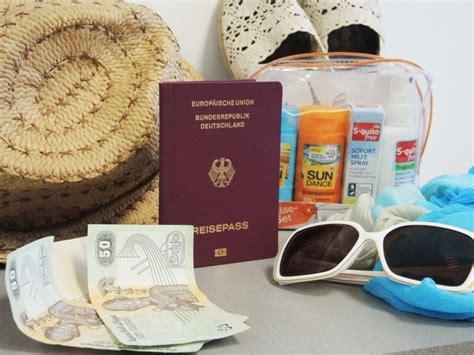 Ich Packe Meinen Koffer Und Nehme Mit • Tourispo Magazin